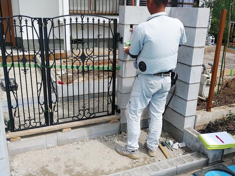 門柱の位置変更